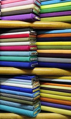 Tecido para roupas profissionais preço
